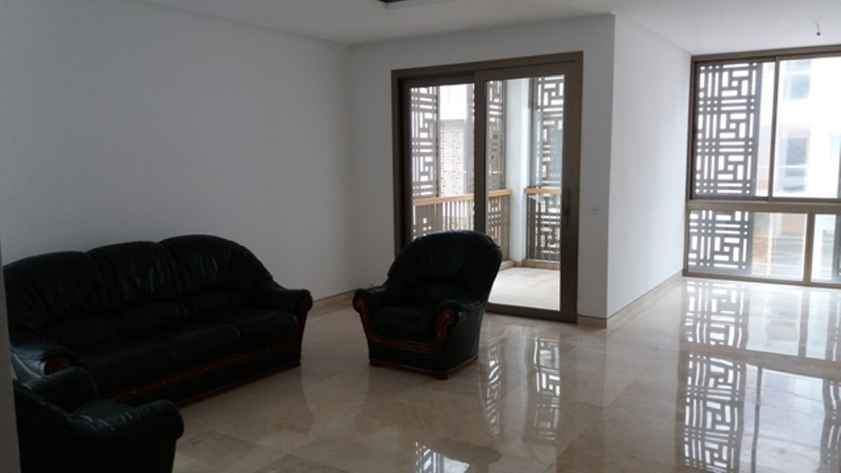A louer appartement neuf avec terrasse à la Marina Bab El Baher  Rabat Salé
