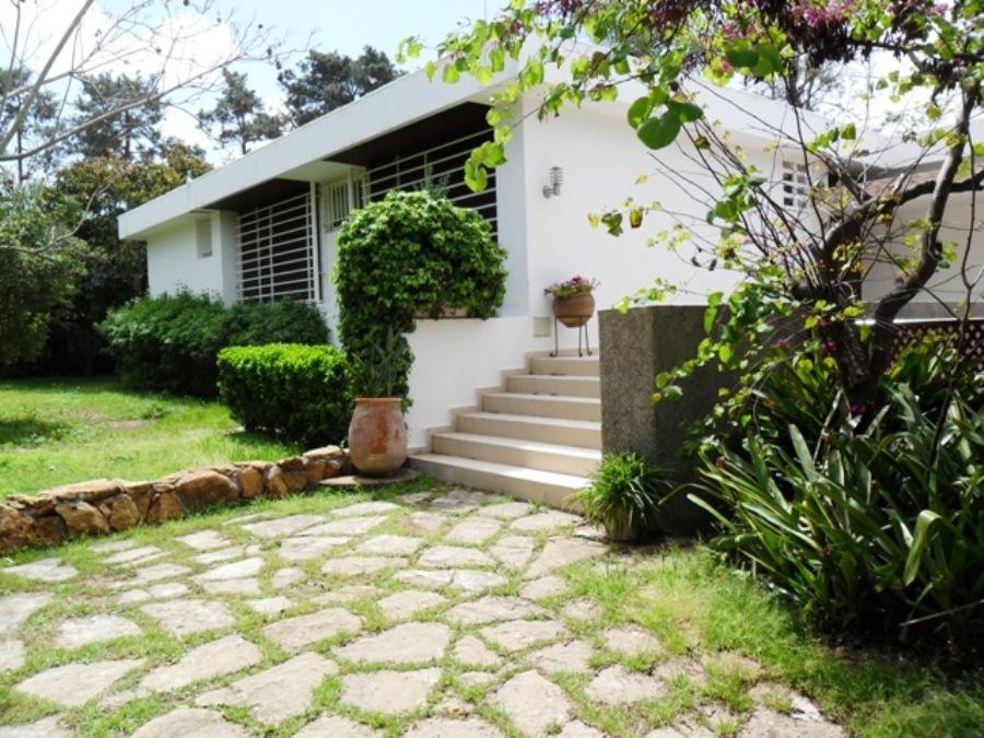 Villa à louer à RABAT au Quartier Souissi