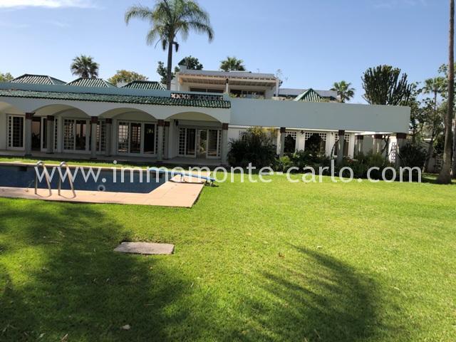 Villa à louer avec chauffage central et piscine à Rabat