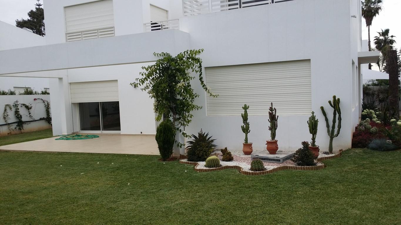 Villa à louer à Rabat villa neuve haut standing au quartier Souissi