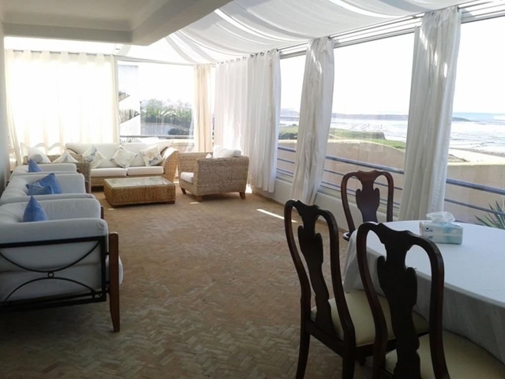 Villa meublée ou vide à louer plage région Rabat