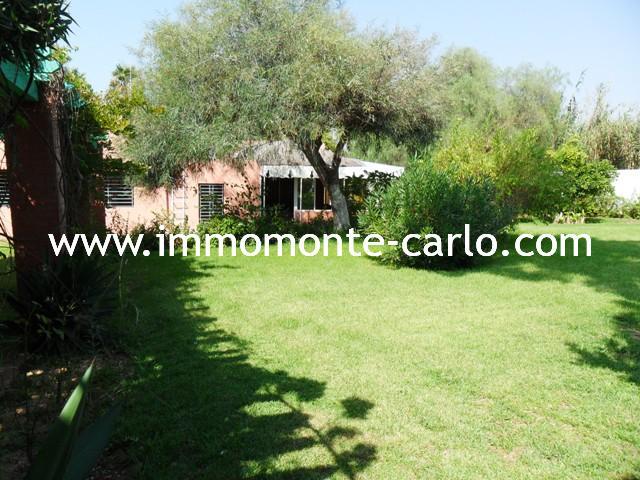 Location villa avec jardin à Souissi Rabat :