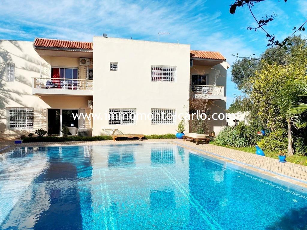 Location villa avec piscine à la plage de skhirat