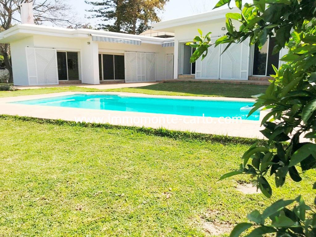 Agréable villa avec chauffage central et piscine à Souissi